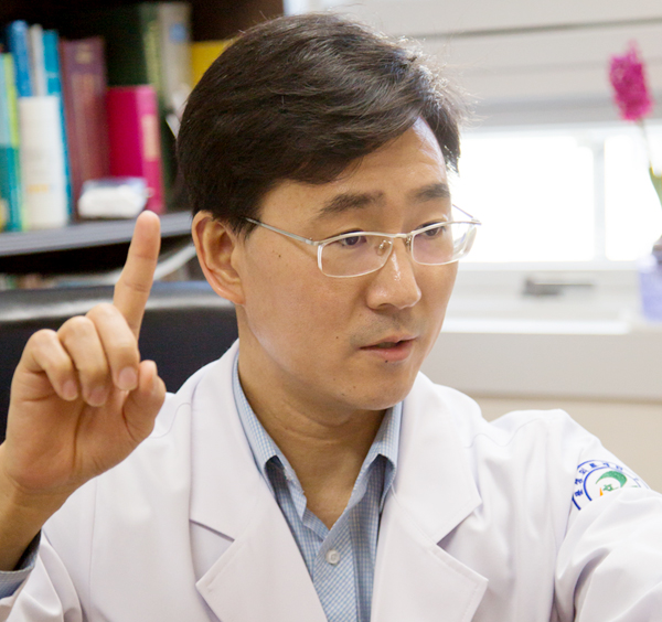 제2신경과 김종철 의무부원장/전문의